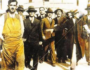Πορεία δημοσίων υπαλλήλων, Αθήνα 1927. Επιχρωματισμένη φωτογραφία (Αρχείο ΓΣΕΕ)