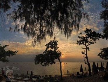 DonCharisma.org-Beach-Sunset-Scene-Big-Sky-PTGui