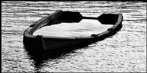 2343-sinking-boat1
