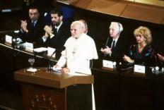 S.S. le Pape JEAN PAUL II
