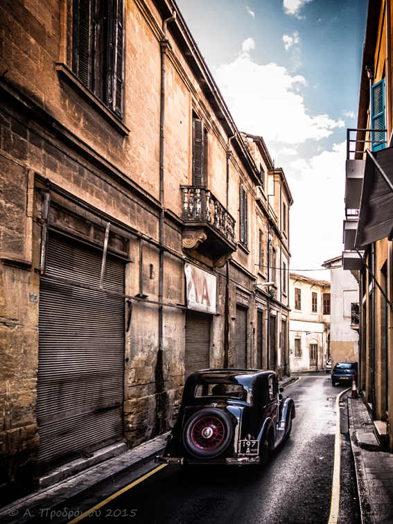 Παλιό αυτοκίνητο - Old car