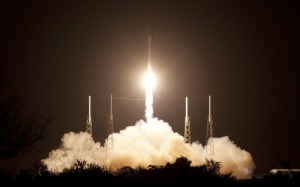 SpaceX-735x459